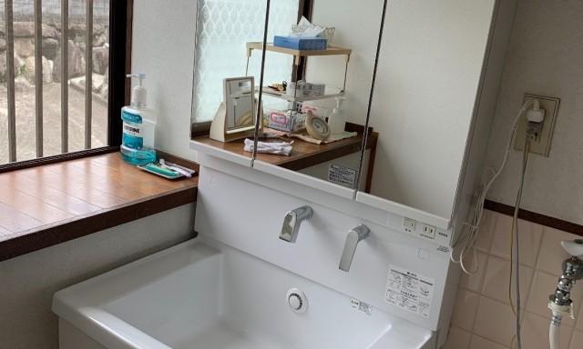洗面台取り替え2